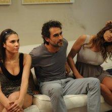 La finestra di Alice: Francesca Giordano, Clizia Fornasier e Sergio Muñiz in una scena