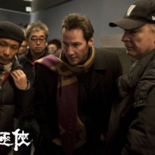 Man of Tai Chi: Keanu Reeves circondato dalla sua crew