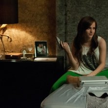 Emma Watson in una scena di The Bling Ring