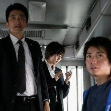 Shield of Straw: Takao Osawa con Tatsuya Fujiwara e Nanako Matsushima in una scena