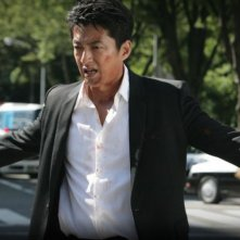 Shield of Straw: Takao Osawa in una scena del film action di Takashi Miike