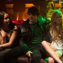 The Bling Ring: Katie Chang con Israel Broussard e Claire Julien in una scena