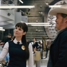 R.I.P.D.: Jeff Bridges insieme a Ryan Reynolds e Mary-Louise Parker in una scena del poliziesco fantasy