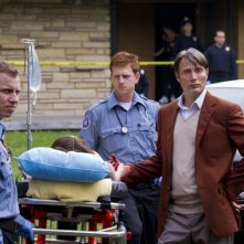 Hannibal: Mads Mikkelsen in una scena dell'episodio Apéritif