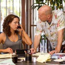 Una ragazza a Las Vegas: Bruce Willis e Rebecca Hall nei panni di uno scommetitore d'azzardo e della sua assistente