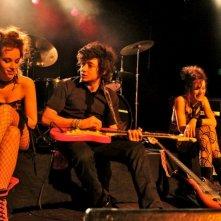 Lorianne Cherpillod, Jules Sitruk e Marie-Eve Musy in Bob et les Sex Pistaches