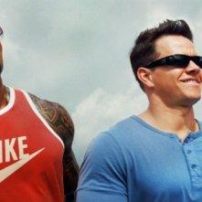 Mark Wahlberg, Anthony Mackie e Dwayne Johnson in Pain & Gain - Muscoli e Denaro