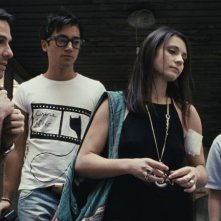 Esterno sera: Emilio Vacca con Valentina Acca e Davide Lanni in una scena