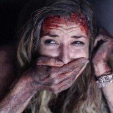 The Bay: Kristen Connolly in una drammatica scena dell'horror