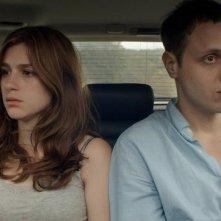 The Happy House: Khan Baykal  e Aya Cash in una scena