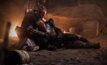 Il trono di spade: Paul Kaye e Richard Dormer in una scena dell'episodio Kissed by Fire