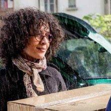 Amelle Chahbi nella commedia francese Denis, del 2013