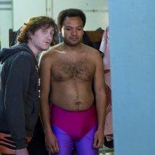 Fabrice Eboué e Jean-Paul Rouve nella commedia francese Denis, del 2013