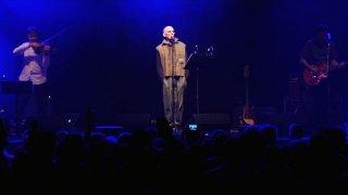 Fedele alla linea - Giovanni Lindo Ferretti: una scena del documentario su Giovanni Lindo Ferretti, l'ex cantante/leader dei CCCP - Fedeli alla linea