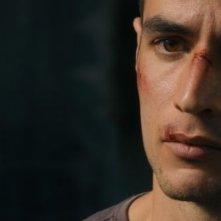 Omar: il protagonista Adam Bakri in una scena del film