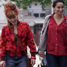 Cheba Louisa: Isabelle Carrè e Rachida Brakni in una scena