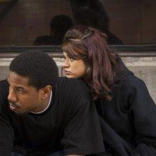 Fruitvale Station: Melonie Diaz e Michael B. Jordan in una scena