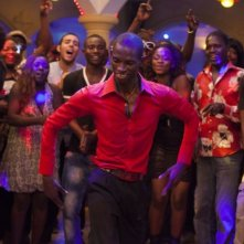 Grigris: Souleymane Démé danza in una scena del film