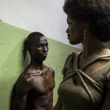 Grigris: Souleymane Démé insieme ad Anaïs Monory in una scena del film