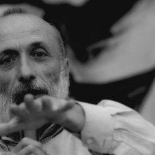 Slow Food Story: Carlo Petrini in una scena tratta dal documentario