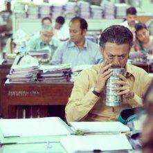 The Lunchbox: Irrfan Khan in una scena