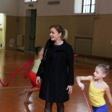 Una mamma imperfetta: Lucia Mascino in una scena durante una lezione di danza