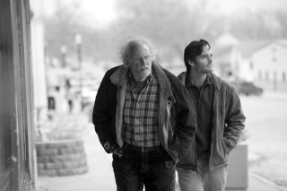 Nebraska: un'immagine di Will Forte e Bruce Dern