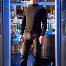 Benedict Cumberbatch in una scena del fantascientifico Into Darkness - Star Trek
