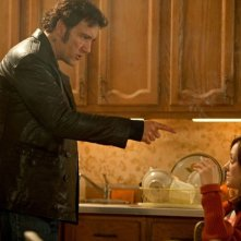 Blood ties: Clive Owen e Marion Cotillard  in una scena del thriller