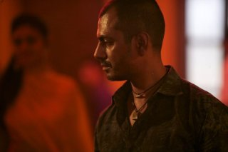 Monsoon Shootout: Nawazuddin Siddiqui in una scena del film