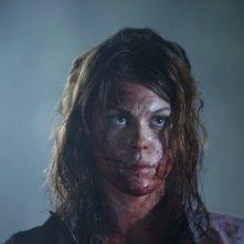 No One Lives: Lindsey Shaw interpreta Amber.