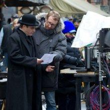 The Immigrant: il regista del film James Gray sul set con Joaquin Phoenix