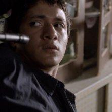 Heli: il giovane protagonista del film minacciato in una scena