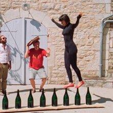 La fille du 14 juillet: Vimala Pons con Vincent Macaigne e Grégoire Tachnakian in una scena