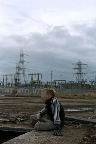 The Selfish Giant: il protagonista Conner Chapman in una scena