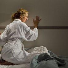 Tip Top: Sandrine Kiberlain in una curiosa scena del film