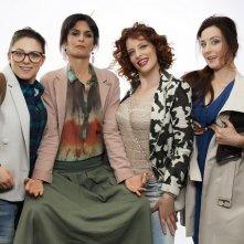Bye Bye Cinderella: una foto promozionale del cast della serie