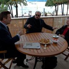 Seduced And Adandoned: il regista James Toback con Roman Polanski e Alec Baldwin in una scena del documentario