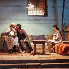 Homeland: Mohamed Majd insieme a Tewfik Jallab e Zineb Obeid in una scena