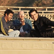 Homeland: Tewfik Jallab, Jamel Debbouze e Fatsah Bouyahmed a bordo di un rimorchio in una scena