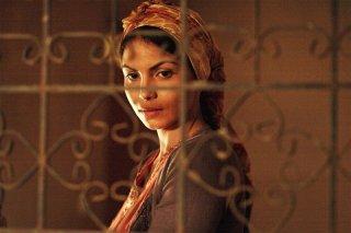 Homeland: Zineb Obeid in una scena del film