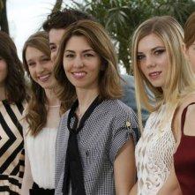 The Bling Ring: Sofia Coppola insieme ai giovani attori del cast durante il photocall a Cannes 2013