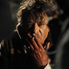 Ti ho cercata in tutti i necrologi: Giancarlo Giannini in una scena