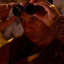 Riddick: Vin Diesel in una scena del film fantascientifico diretto da David Twohy