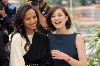 Blood ties: Zoë Saldaña e Marion Cotillard durante il photocall del film a Cannes 2013