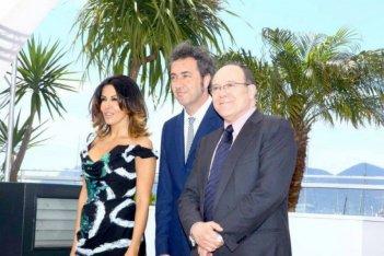 La grande bellezza: Sabrina Ferilli, Paolo Sorrentino e Carlo Verdone durante il photocall di Cannes 2013