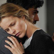 Cha Cha Cha: Luca Argentero abbraccia Eva Herzigova in una scena