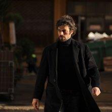 Cha Cha Cha: Luca Argentero in una scena nei panni di Corso