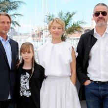 Michael Kohlhaas: il cast del film insieme al regista Arnaud des Pallières durante il photocall di Cannes 2013