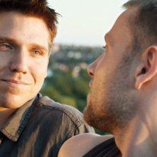 Hanno Koffler con Max Riemelt nel film tedesco Freier Fall, del 2013